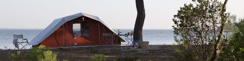 Family tents & lodges